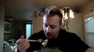 Day 31 | Coping With Bland Meals: 12-Week Hardcore Daily Video Trainer With Kris Gethin